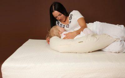 Maitinimo pagalvė – kaip išsirinkti geriausią?